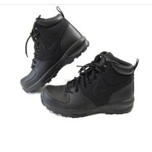 Nike Manoa Black ACG Leather Boots Youth Size 4